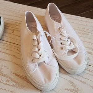 Old Navy White Sneakers